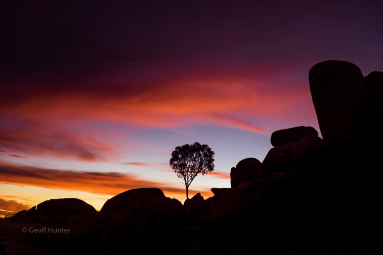 Devils Marbles Silhouette