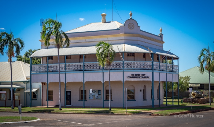 Shire of Carpentaria Building Normanton.jpg